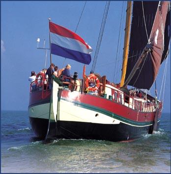 zeilen op IJsselmeer of Waddenzee met de klipperaak Hoop op Zegen vanuit Numansdorp