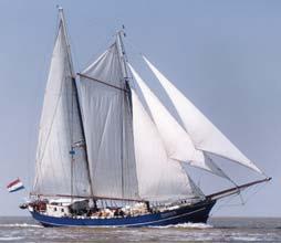 zeilen op IJsselmeer of Waddenzee met de tweemastschoener Zephyr vanuit Kiel