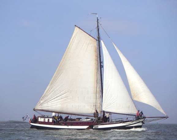 Segeln auf IJsselmeer oder Wattenmeer mit der Einmastaak Gouden Bodem ab Harlingen
