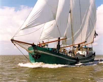 zeilen op IJsselmeer of Waddenzee met de klipper Pelikaan vanuit Harlingen