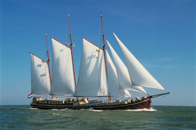 Segeln auf IJsselmeer oder Wattenmeer mit der Dreimastklipper Radboud ab Enkhuizen