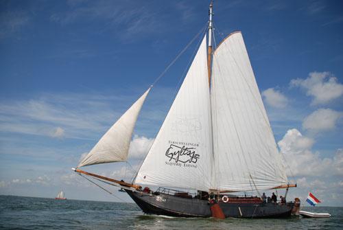 zeilen op IJsselmeer of Waddenzee met de schokker Zout vanuit Makkum