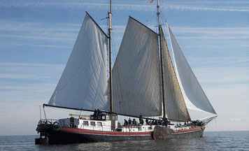 Segeln auf IJsselmeer oder Wattenmeer mit der Zweimastklipper Samenwerking ab Stavoren