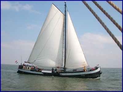 Segeln auf IJsselmeer oder Wattenmeer mit der Steilsteven Zorg en Vlijt ab Makkum
