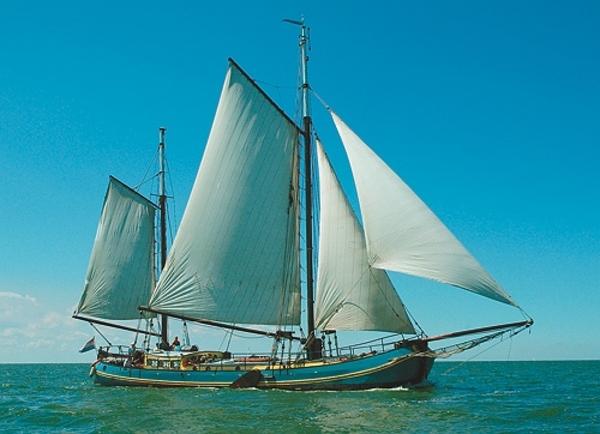 Segeln auf IJsselmeer oder Wattenmeer mit der Zweimasttjalk Mallejan ab Harlingen
