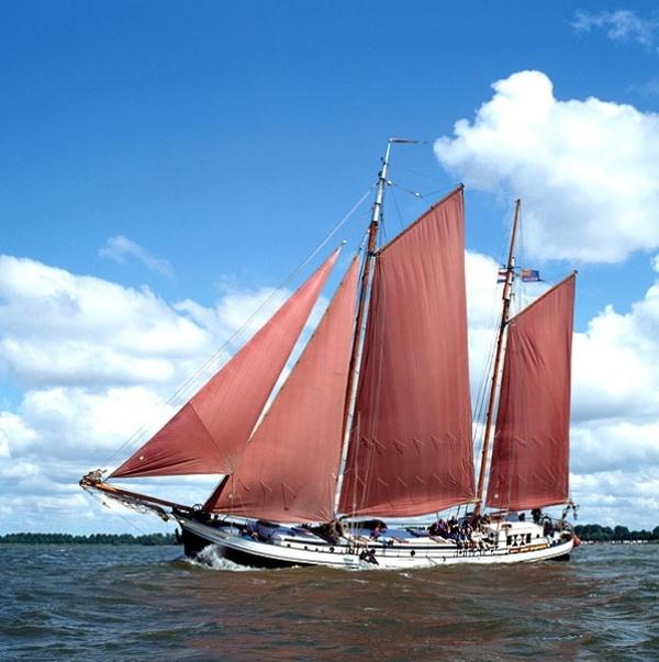 Segeln auf IJsselmeer oder Wattenmeer mit der Zweimastklipper Westenwind ab Enkhuizen