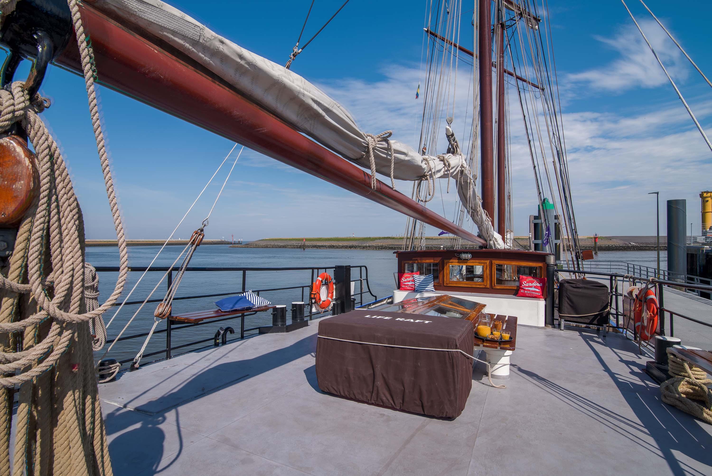 zeilen op IJsselmeer of Waddenzee met de topzeilschoener Fortuna vanuit Enkhuizen