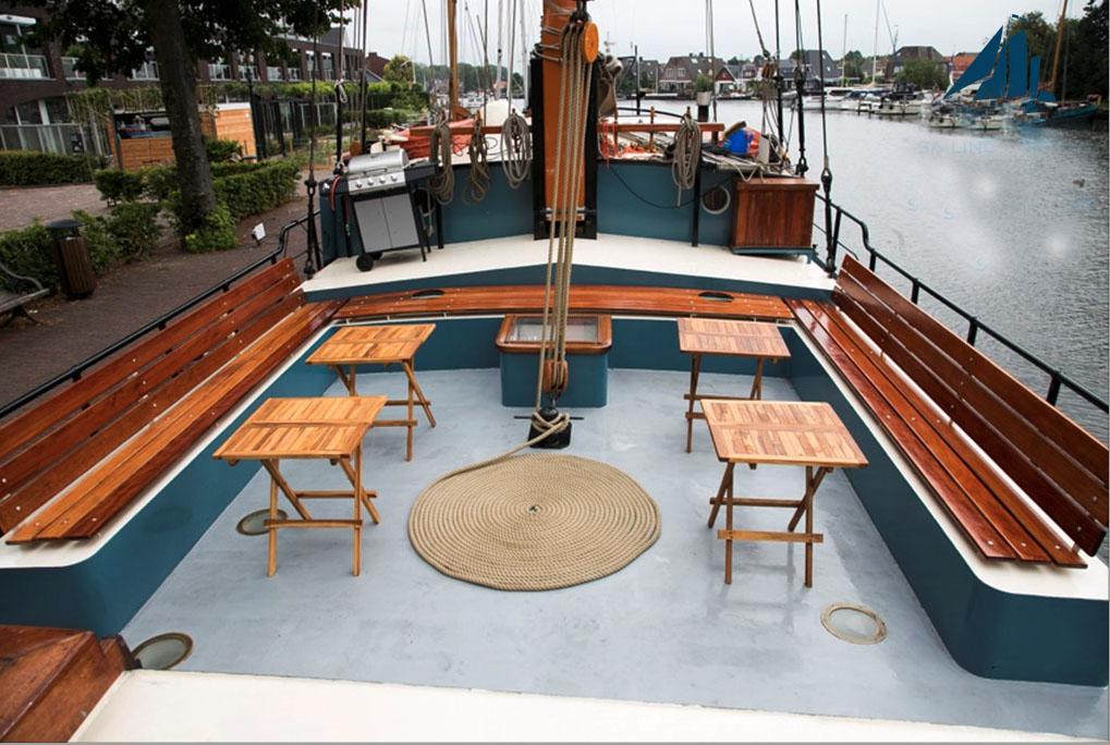 zeilen op IJsselmeer of Waddenzee met de tweemastklipper Sterrenwind vanuit Enkhuizen