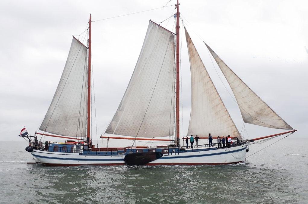 Segeln auf IJsselmeer oder Wattenmeer mit der Zweimastklipper Sterrenwind ab Enkhuizen