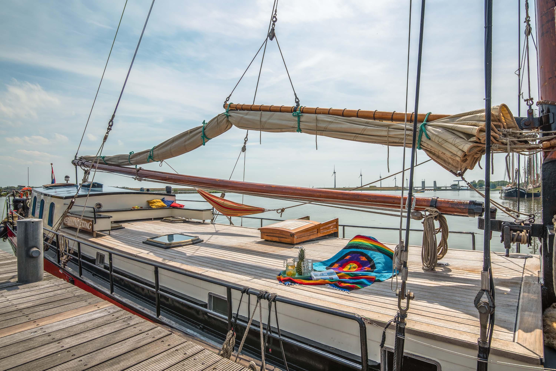 zeilen op IJsselmeer of Waddenzee met de klipper Verwondering - vaart niet meer vanuit Enkhuizen