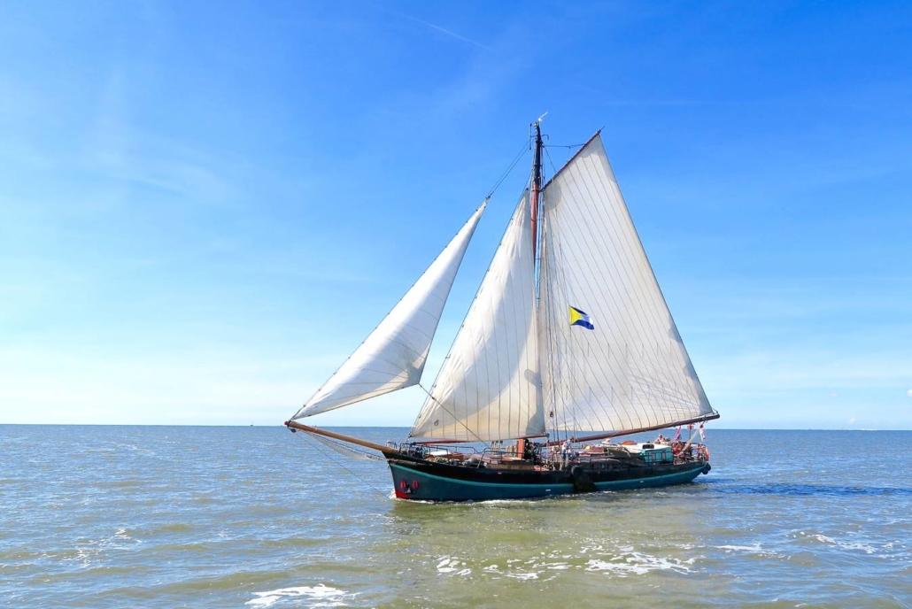 zeilen op IJsselmeer of Waddenzee met de klipper Antonius vanuit Muiden