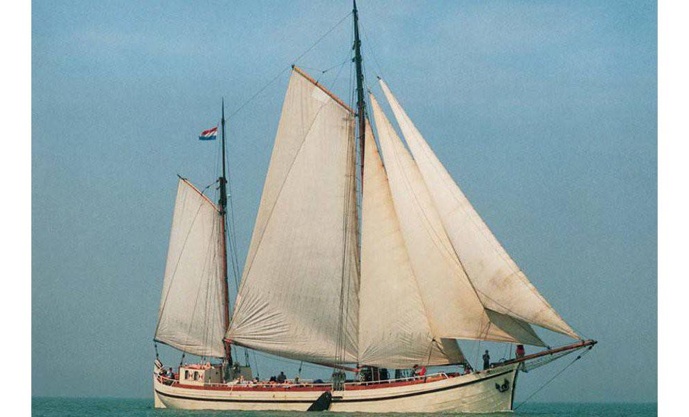Segeln auf IJsselmeer oder Wattenmeer mit der Stevenschiff Arbeid Adelt ab Harlingen