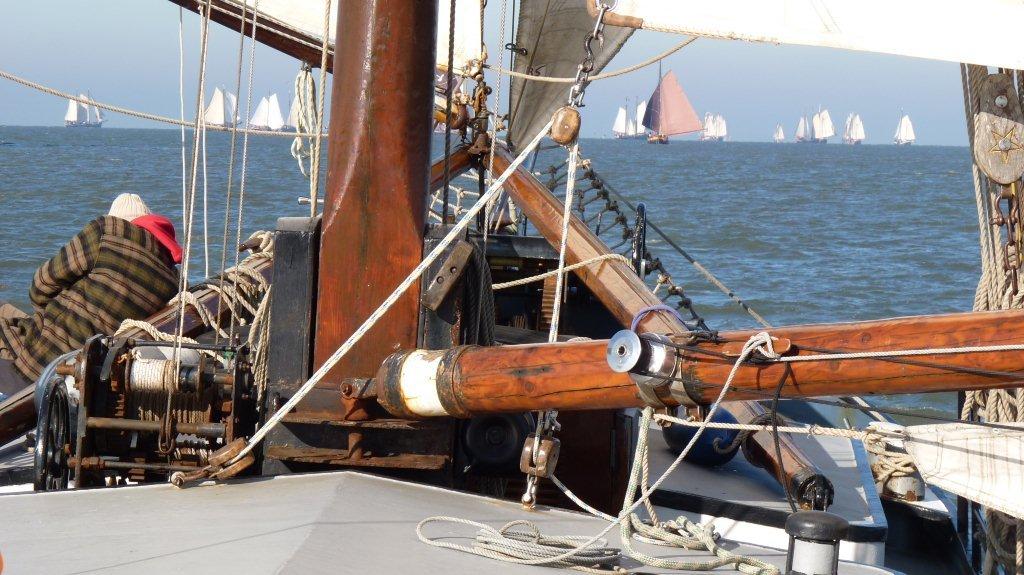 zeilen op IJsselmeer of Waddenzee met de steilsteven Bonte Piet vanuit Harlingen