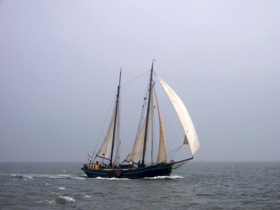 Segeln auf IJsselmeer oder Wattenmeer mit der Zweimastklipper Hoop op Welvaart ab Harlingen