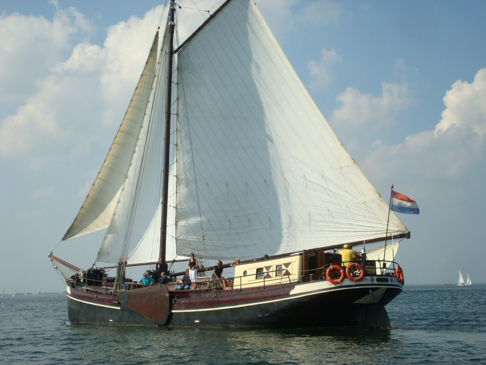 zeilen op IJsselmeer of Waddenzee met de klipper Lauwerszee vanuit Harlingen