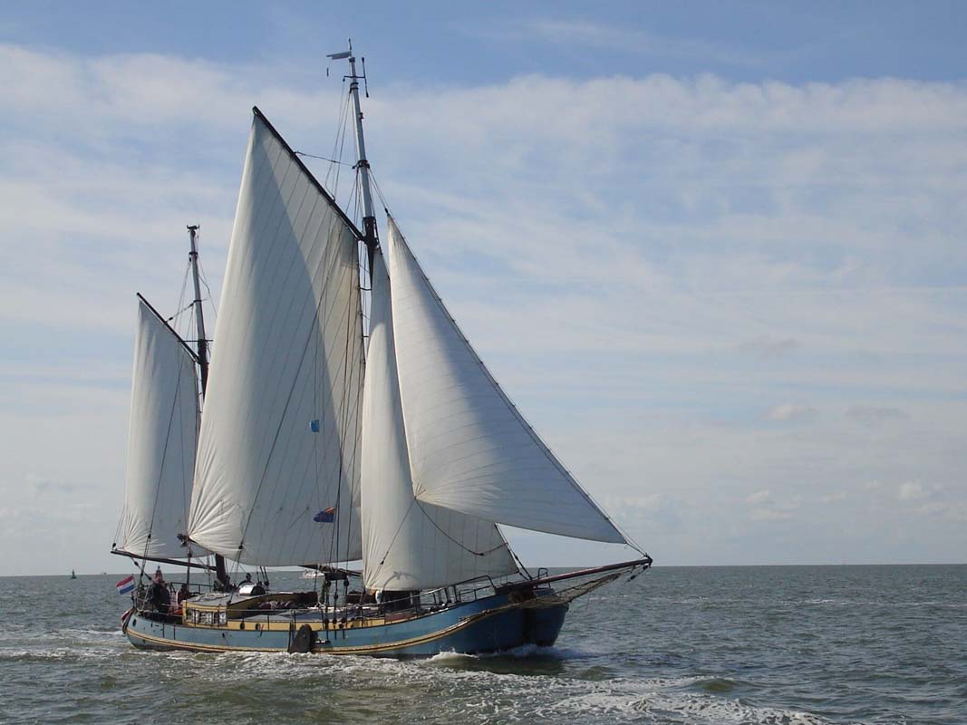 zeilen op IJsselmeer of Waddenzee met de tweemasttjalk Mallejan vanuit Harlingen