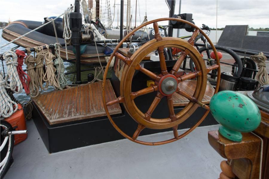 zeilen op IJsselmeer of Waddenzee met de klipper Meridiaan vanuit Enkhuizen