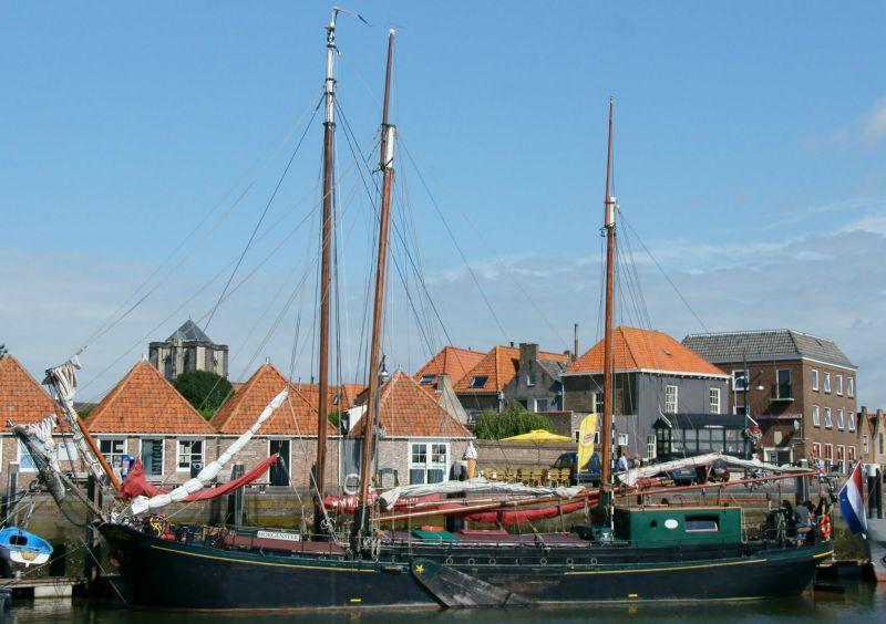 zeilen op IJsselmeer of Waddenzee met de klipper Morgenster vanuit Zierikzee