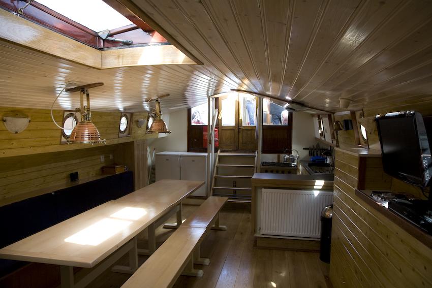 zeilen op IJsselmeer of Waddenzee met de paviljoentjalk Onderneming vanuit Lemmer
