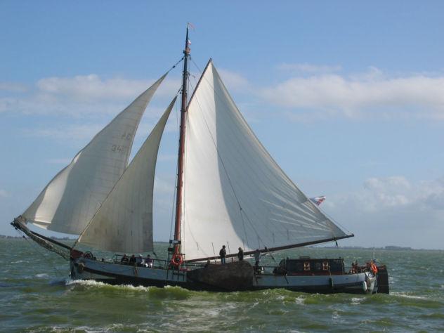 Segeln auf IJsselmeer oder Wattenmeer mit der Einmasttjalk Stanfries ab Stavoren