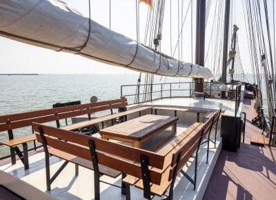 zeilen op IJsselmeer of Waddenzee met de wad- en sontvaarder Store Baelt vanuit Harlingen