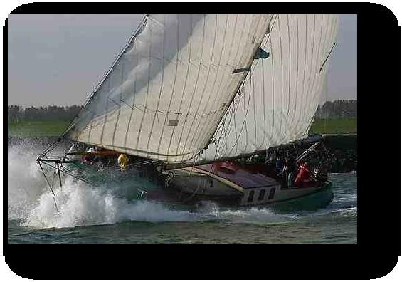 zeilen op IJsselmeer of Waddenzee met de tjalk Stormvogel vanuit Willemstad