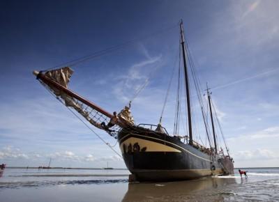 zeilen op IJsselmeer of Waddenzee met de tweemastklipper Suydersee vanuit Harlingen