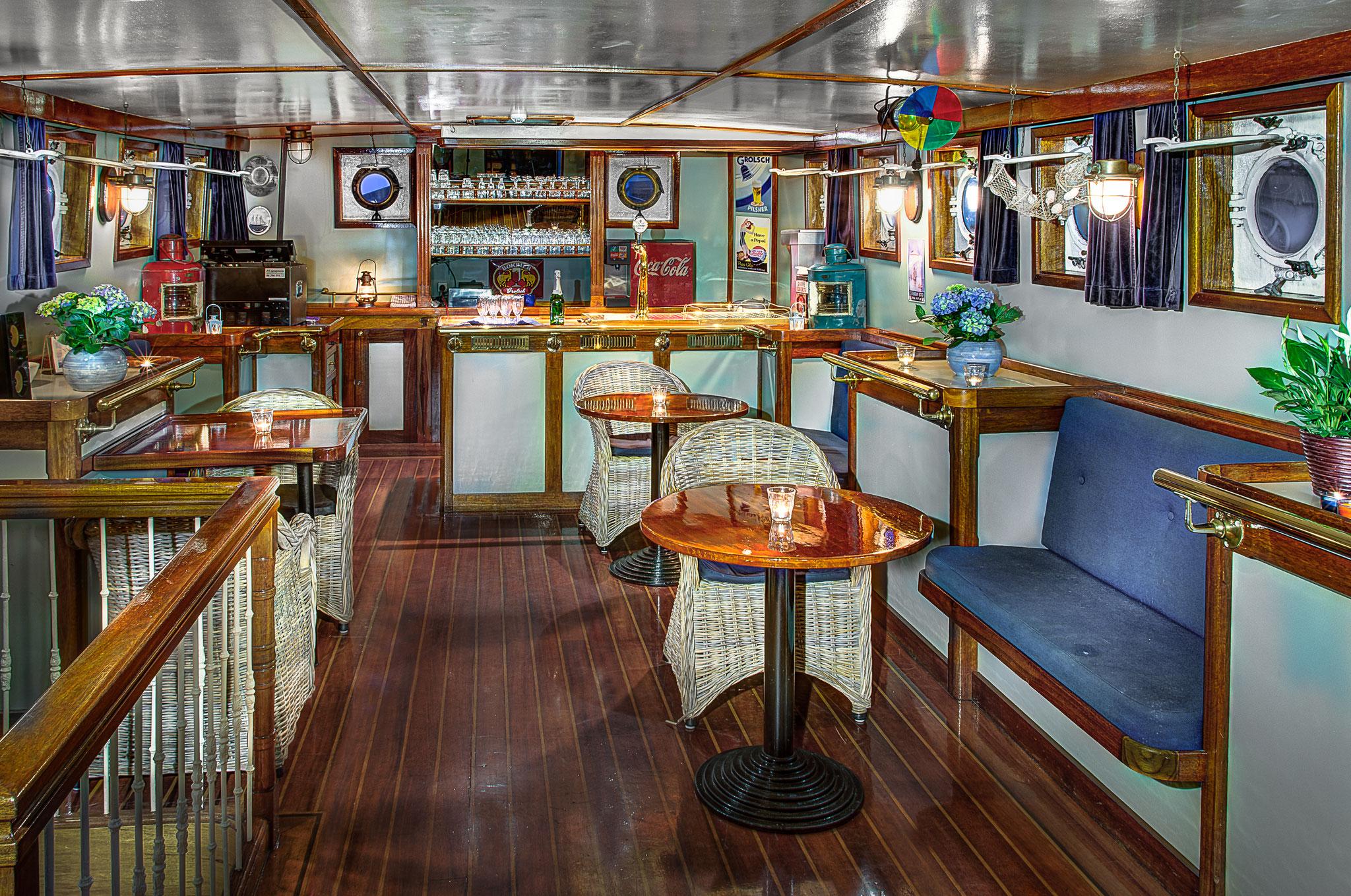 zeilen op IJsselmeer of Waddenzee met de topzeilschoener Swaensborgh vanuit Kiel