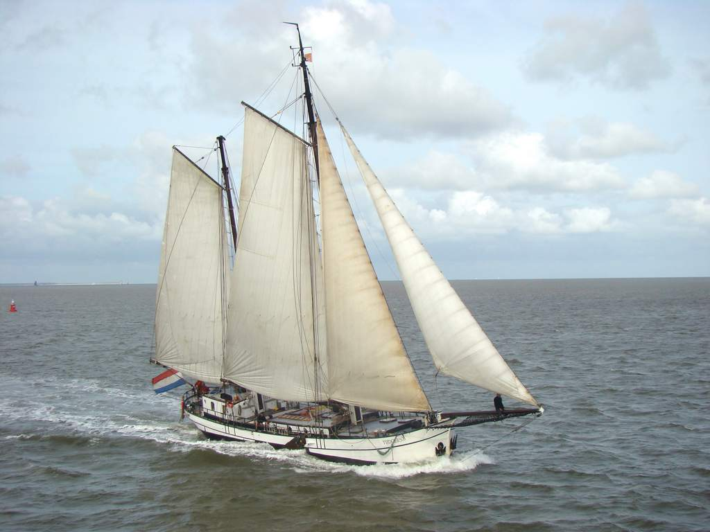 Segeln auf IJsselmeer oder Wattenmeer mit der Zweimastklipper Tijdgeest ab Harlingen