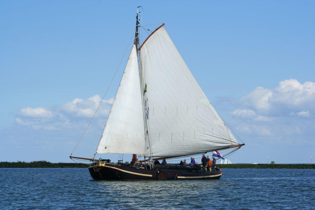 Segeln auf IJsselmeer oder Wattenmeer mit der Bolltjalk Verwisseling ab Muiden