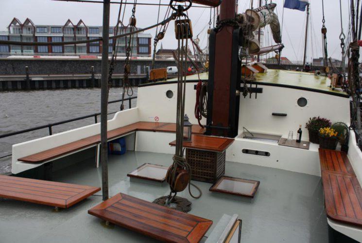 zeilen op IJsselmeer of Waddenzee met de tweemastklipper Wilhelmina vanuit Harlingen